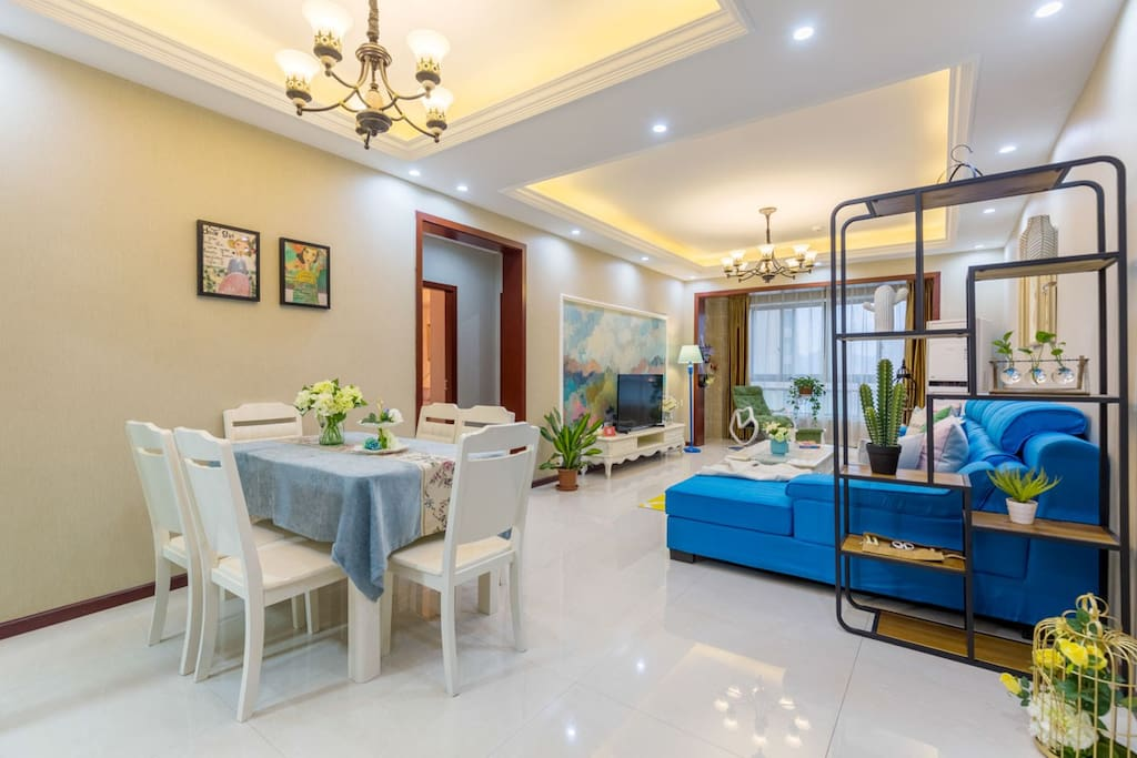 『客厅篇』 错落有致,曲直相映,明朗奢华不失格调的客厅。