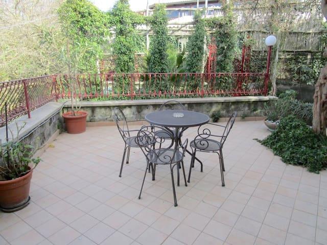Villa Starace Suite - Studio Apartment - Termini - Apartamento