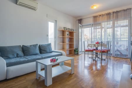 Holiday apartment with 1 bedroom on 58m² in Umag