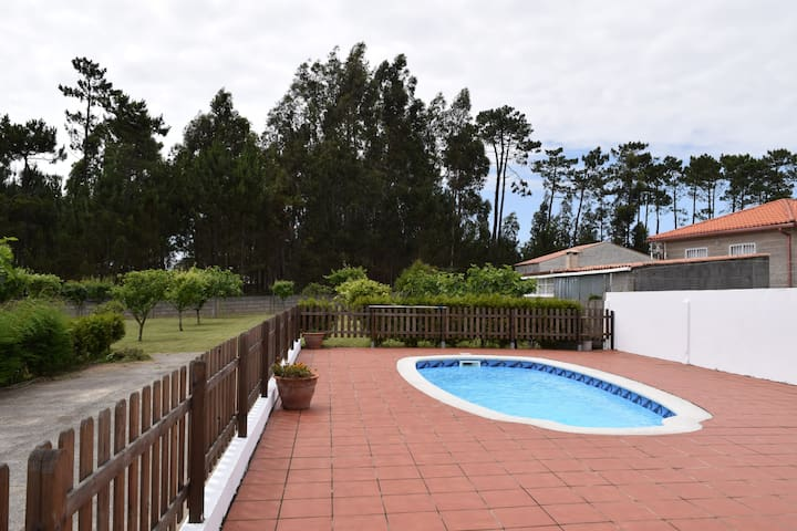 Private house with swimming pool (Sanxenxo)