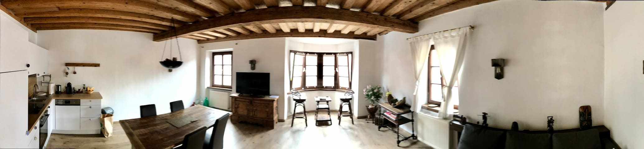 60 Square meter Apartment - Close to Old Town