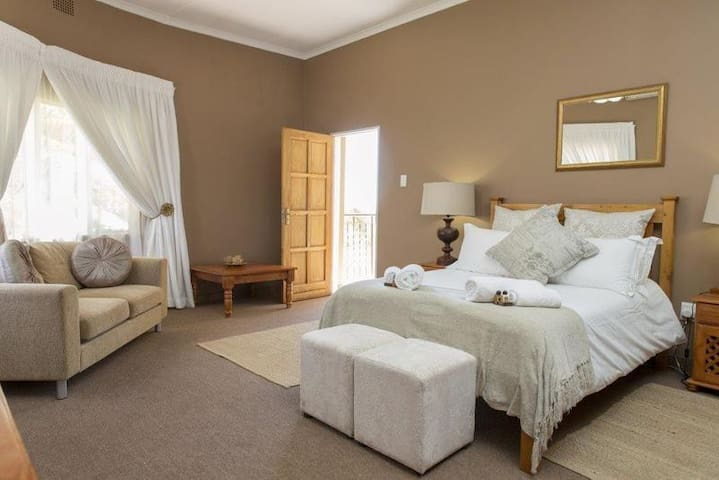 Augrabies Falls Lodge-Double Room With Balcony