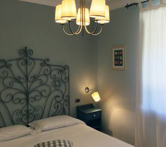 Podere don Peppe - delicious standard double room - Massa Lubrense - Bed & Breakfast