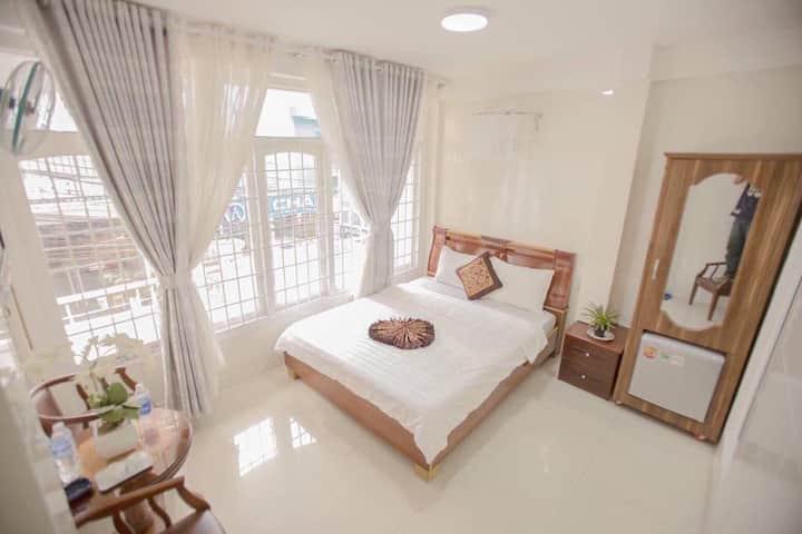 Da Lat-QH Hotel -Dalat