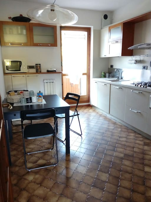 la cucina accessoriata - kitchen