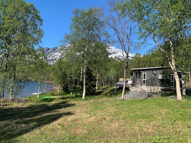 Hytte Annamo, Skoddebergvatn, Grovfjord