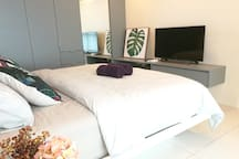 Lifestyle Suite   Master Bedroom