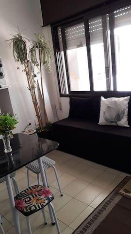 Apartamento a 4 quadras do mar no centro de Capão.