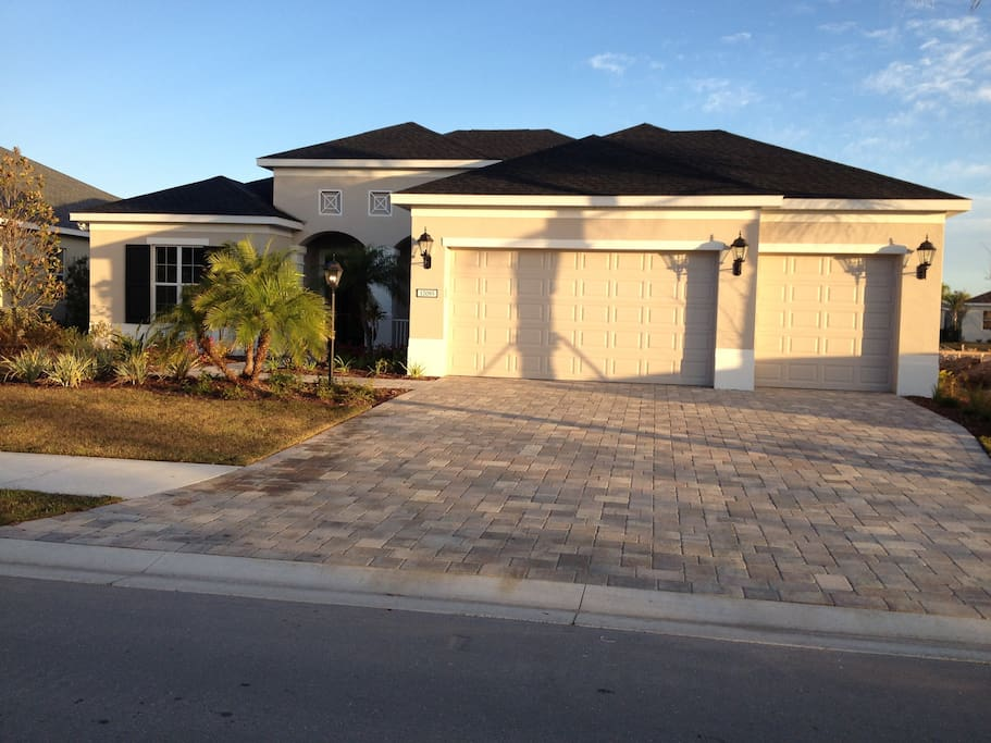 Another view of Lakewood Ranch home at sunset.