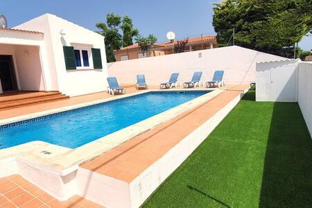 Fantástica villa en Cala en porter Villa Patri
