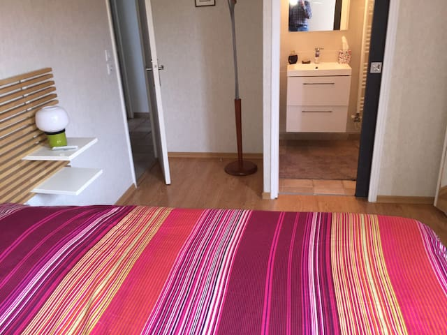 chambre lit 160 - Digione - Bed & Breakfast