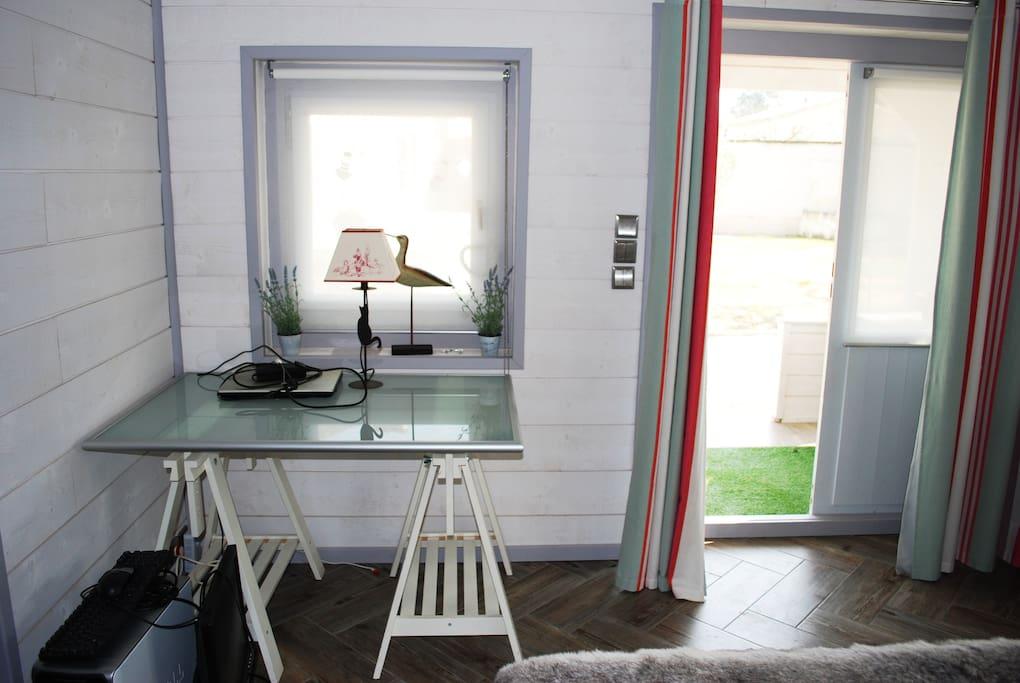le clos de faustino chambre d 39 h tes alpilles guest houses louer fontvieille provence. Black Bedroom Furniture Sets. Home Design Ideas