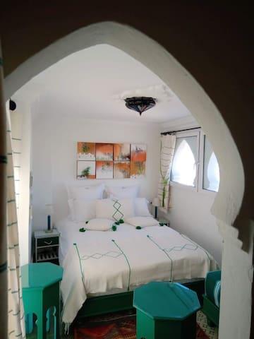 Chambre double et sa terrasse