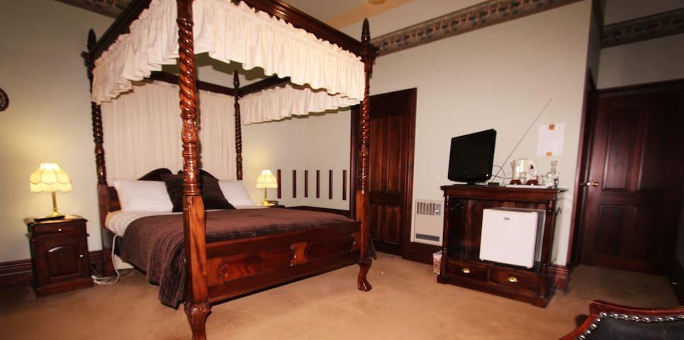 Ronald Spa room - Lindisfarne - Bed & Breakfast