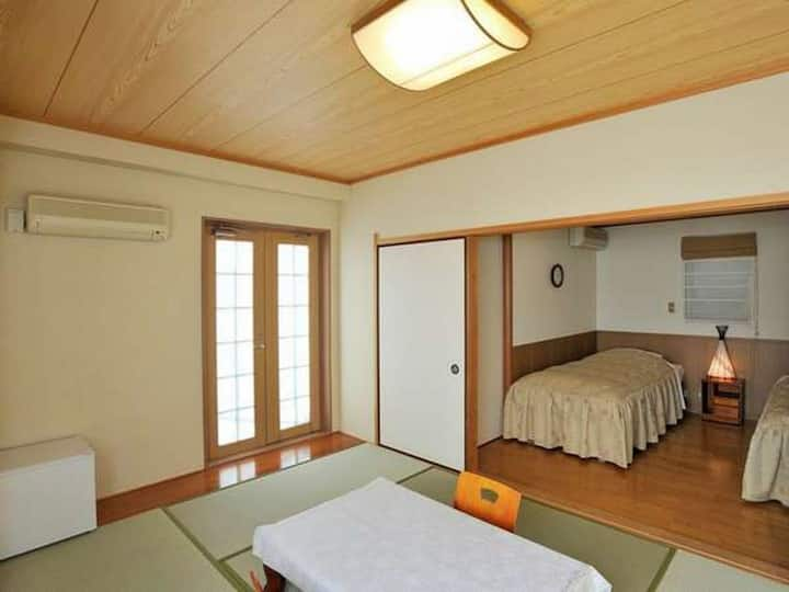 1 hour from Tokyo and Near Yugawara Station! you have a great location on the hot spring!(No meal)【和洋D】