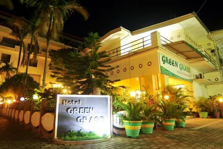 Green Grass Hotel - Jaffna