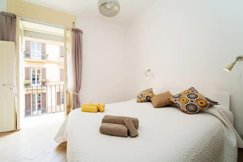 NapoliCentro Suite!Amazing Flat in the CityCentre!