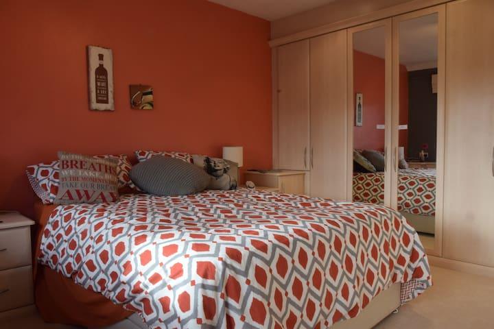 Bed & Balcony - Sale - Huis