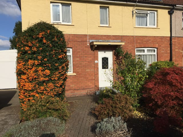 KJ's Cotswold double with in-room refreshments - Bristol - Talo