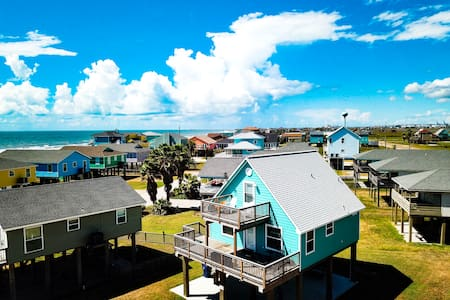 Surfside paradise # 1-amazing views, beach access