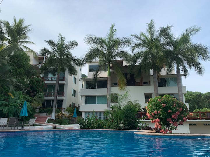 Ixtapa condo with a view minutes from the beach.