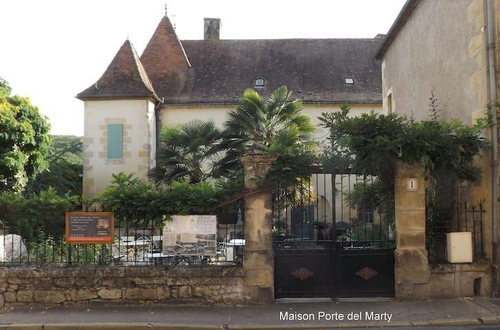 Maison Porte del Marty - Lalinde - Bed & Breakfast