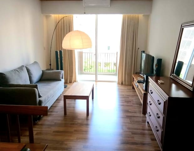 Cosy & Modern 1BR in StarCity