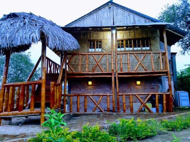 Cabaña para grupos en Puerto Cayo Manabí