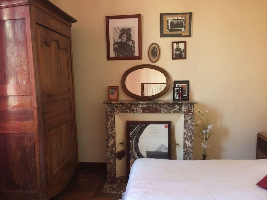 Chambre dans maison dans maison du centre ville houses - Chambre du commerce la roche sur yon ...