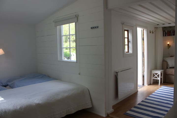 Your own Guesthouse by the Sea - Nacka - Dom