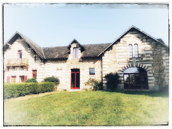 Maison familiale au cœur de la campagne