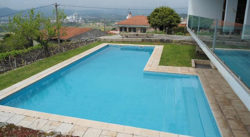 Fantastic villa with a beautiful private pool - Viana do Castelo - 一軒家