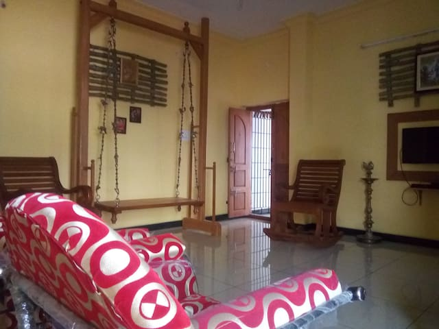 Sudharsan Homes - Upto 6 Guests