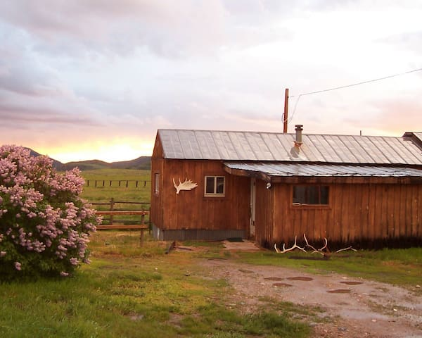 Historic Overlook Ranch Getaway - Steamboat Springs - Hus
