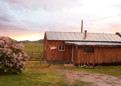 Historic Ranch Getaway - Steamboat Springs - House