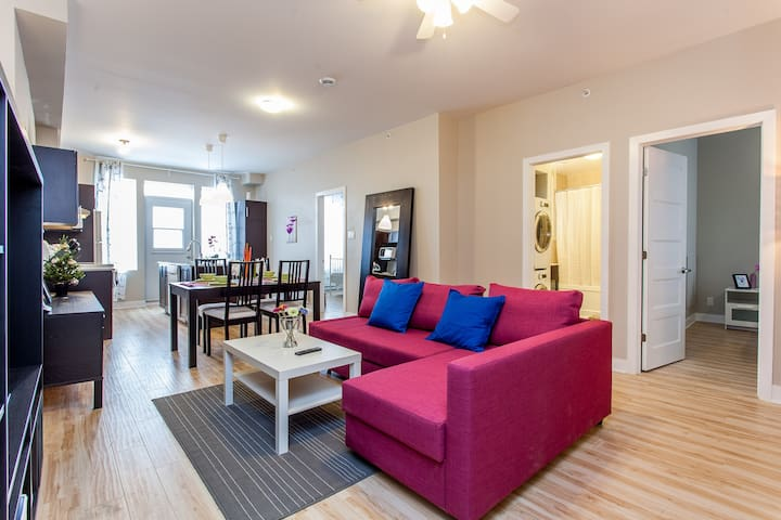 Big modern condo ideal for group - Montréal - Apartament