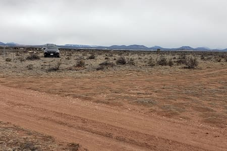 Dog Friendly Land - 25 minutes to Grand Canyon