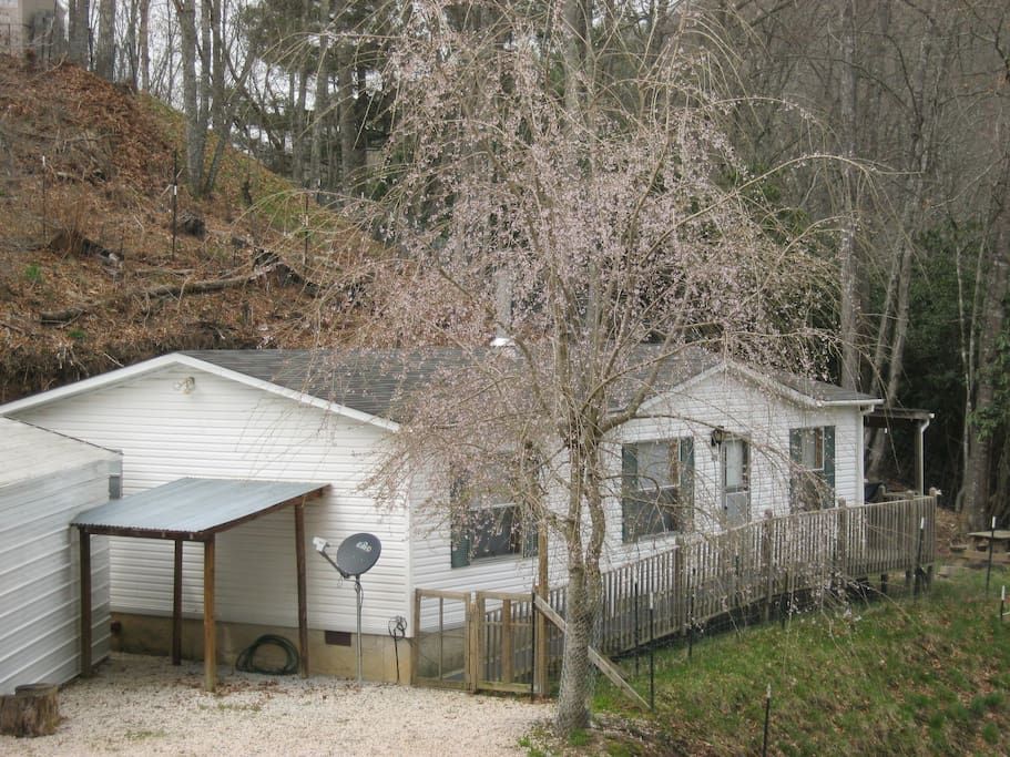 Vacation rental in spring. It is a 2 bedroom, 2 bath, 1000 square foot single-family home.
