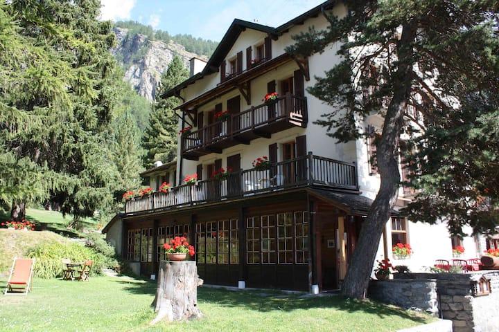 Maison historique et familiale