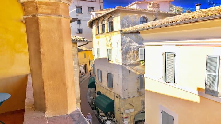 Carinissima/Sleeps 4/Spoleto centre