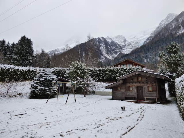 Cabin for 2 people in Chamonix Valley