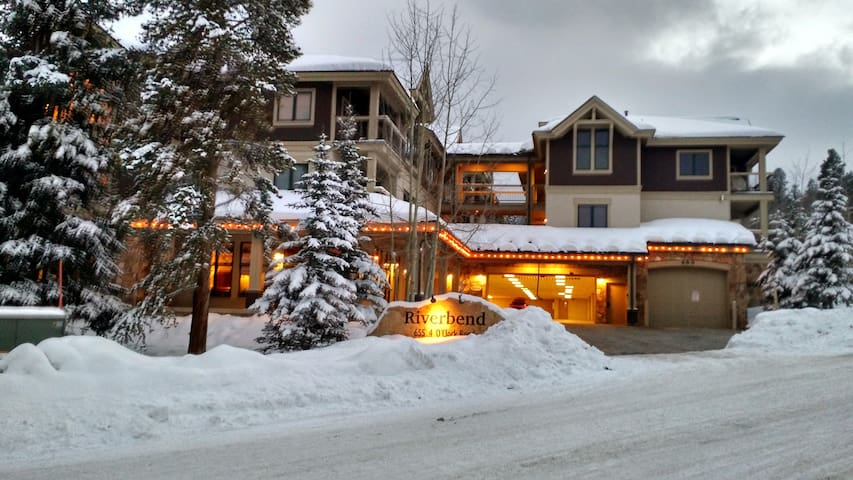 Cozy Ski In/Out & Walk to Town! - Breckenridge - Διαμέρισμα