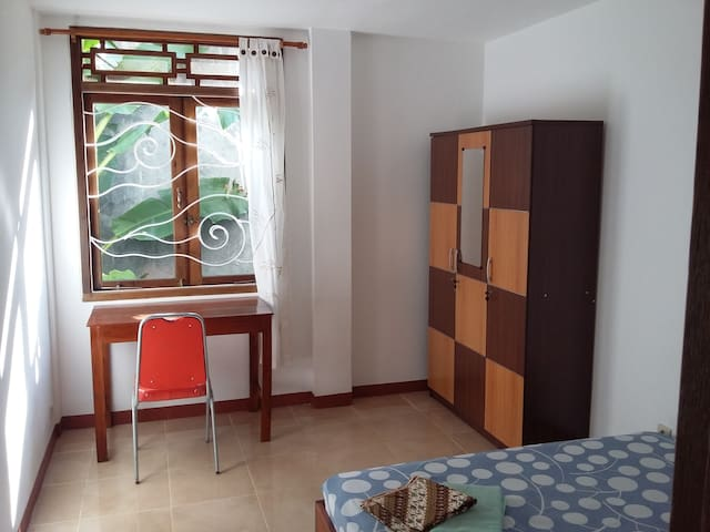 Moira house room 2 - Tegalrejo - Departamento