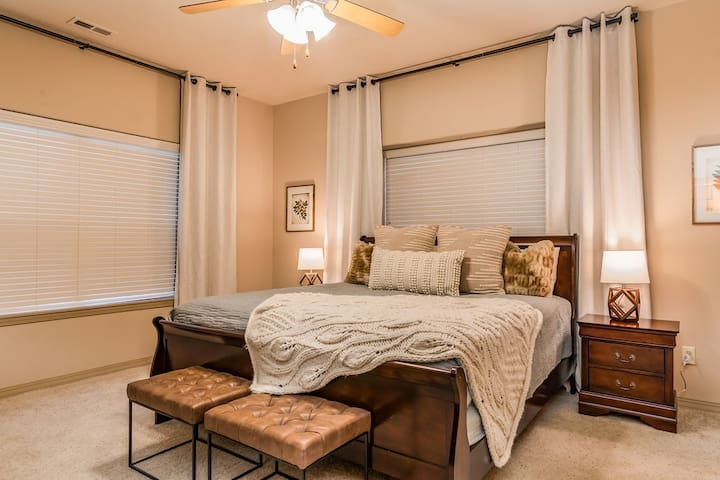 Enjoy a great night's sleep on the king bed w/ plenty of room for a pack n play!