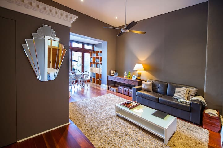 The Gables - heritage apartment   - Potts Point - Appartement