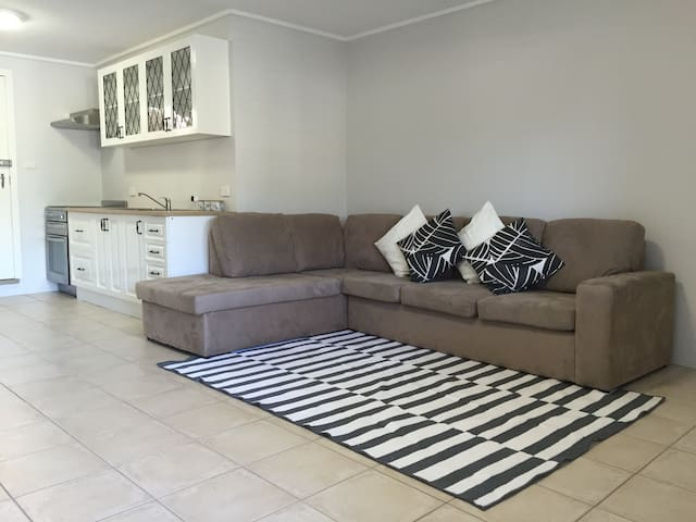 Caringbah South Homely Hideaway - Caringbah South - Lainnya