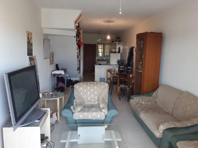 Apartment In Geroskipou.100m bus stop,500m beach