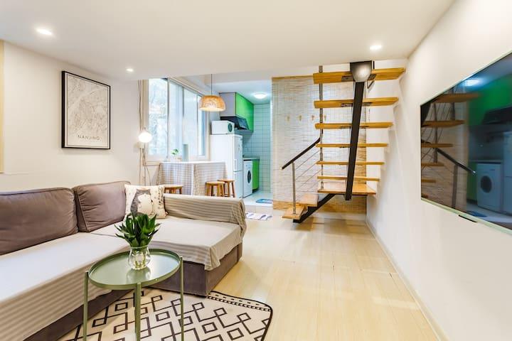 【Grace的梦幻之家】夫子庙水游城老门东loft风格单身公寓整租
