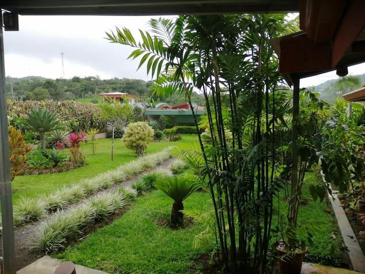 Santiago Garden, San Ramón.