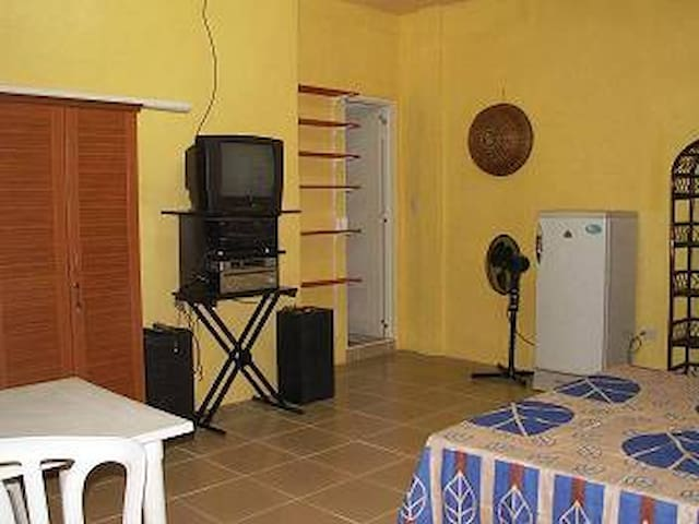 Schöne saubere, Apartments / Rooms - Digos City - Apartment